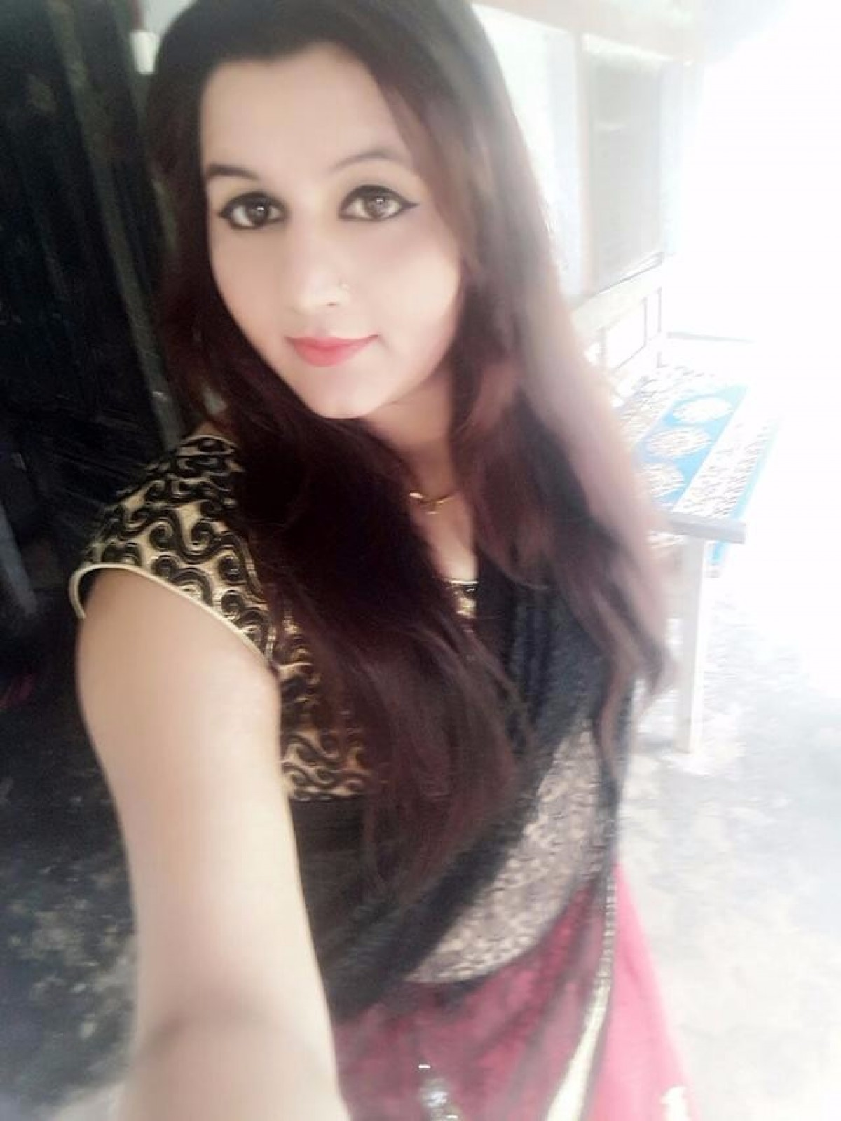 hindu single women in agra Saveeta available as independent indian escorts in delhi and true  luxury women and more you can choose saveeta over the  pune, agra, goa, kochi.