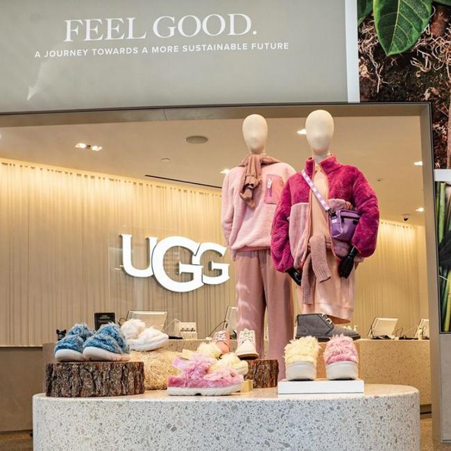 UGG Fluff Sugar sandals