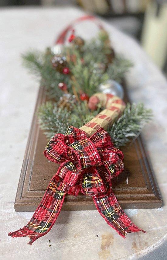 cabinet door wreath with bow