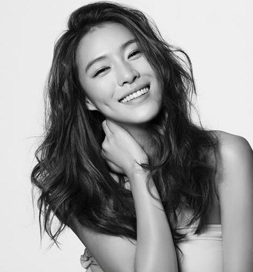 20+ Gambar Model Gaya Rambut Panjang Wanita Terbaru 2017
