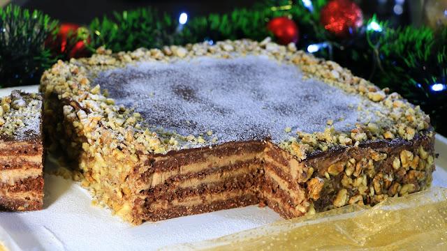 svečana-posna-torta