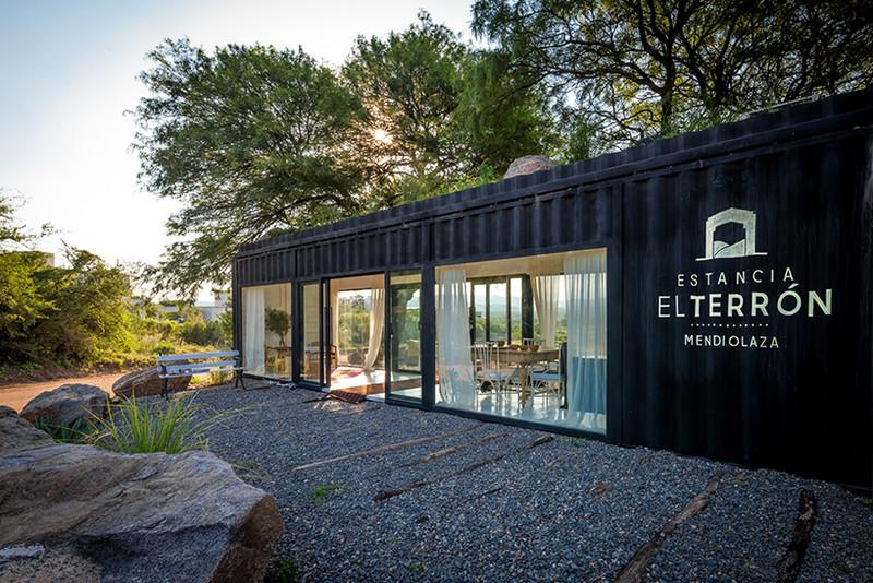 Casas Contenedores Oficina De Ventas Con Un Container