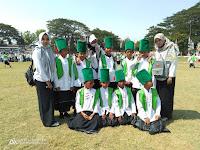 Peserta Penari Kidung Islami MI Tashilul Mubtadiin dalam rangka Hari Santri Nasional di Kota Probolinggo