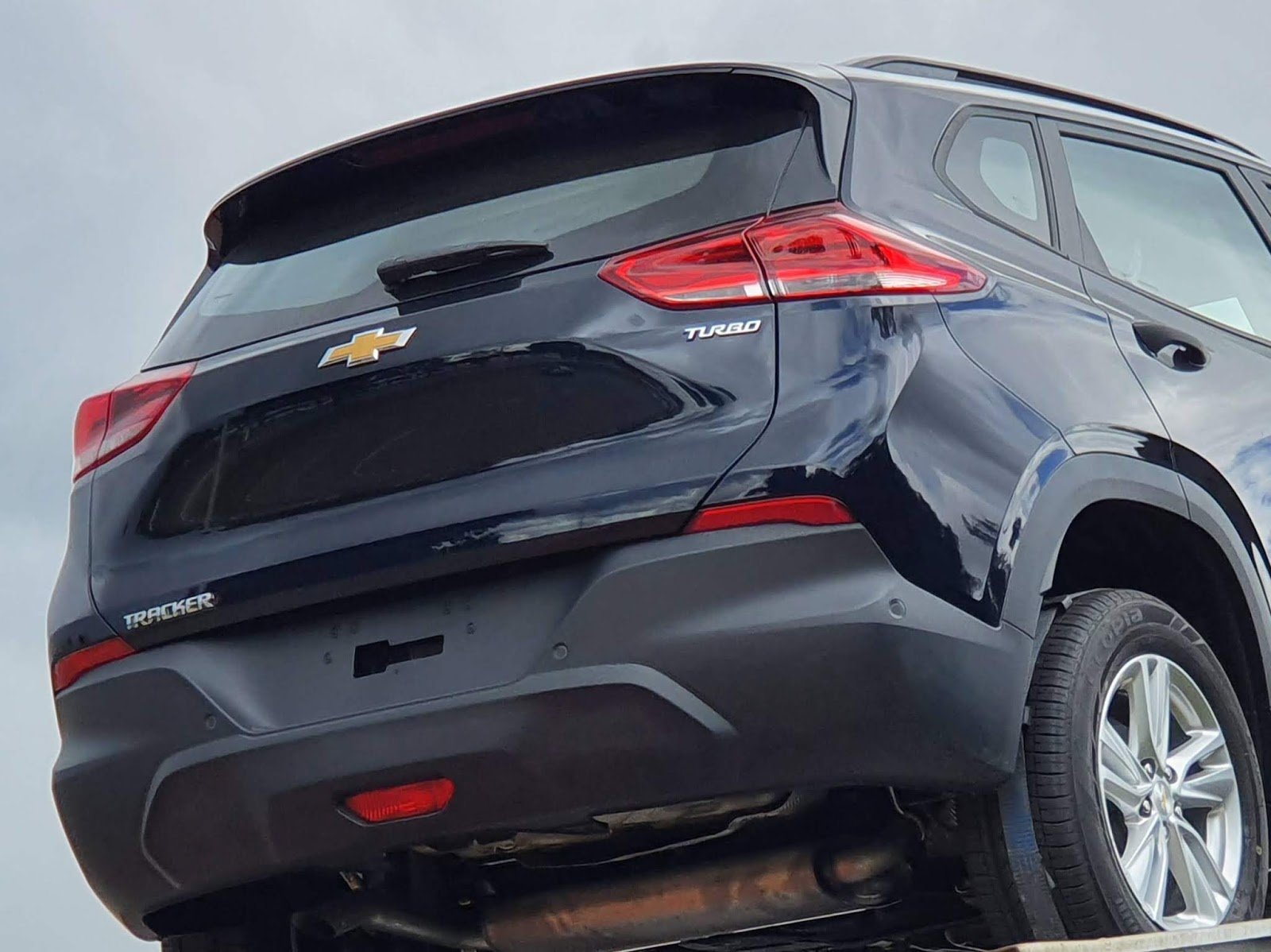Chevrolet Tracker x  Caoa Chery Tiggo 3X Turbo