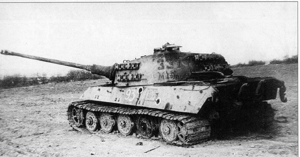 Tiger II 331 of sSSPzAbt. 501 -  Lake Balaton offensive