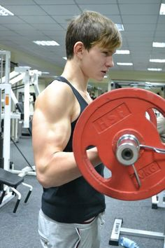 Right Age to go to Gym