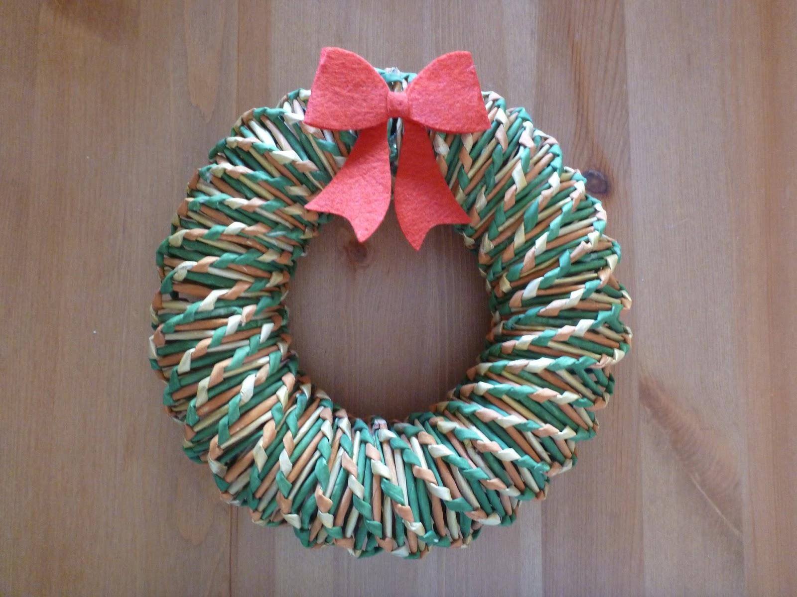 Albero Di Natale Con Cannucce Di Carta.Gerry Creations Quattro Lavori Con Le Cannucce Di Carta Dedicati Al