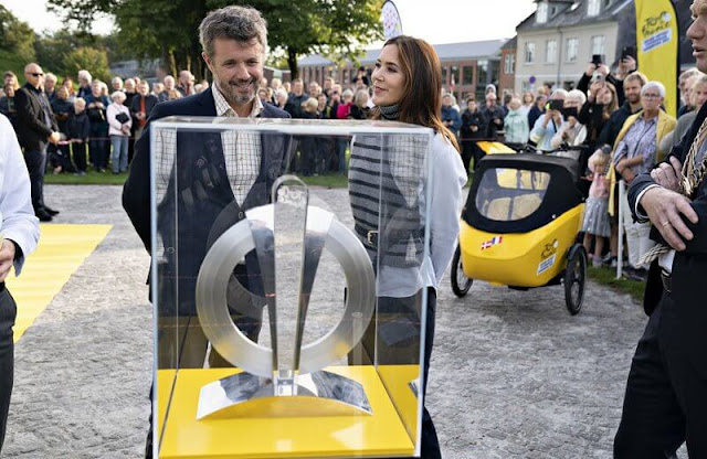 The Crown Prince Couple's Awards 2021. Crown Princess Mary wore a grey over shirt light military, and stripe knit sweater