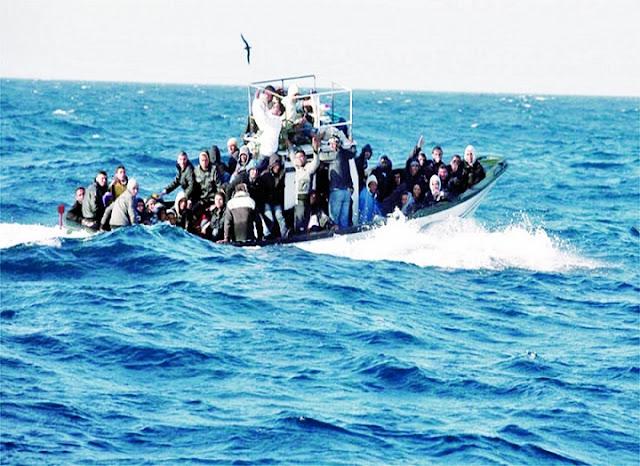 المهدية : انقاذ 113 مهاجرا غير نظامي تعطل مركبهم في عرض البحر