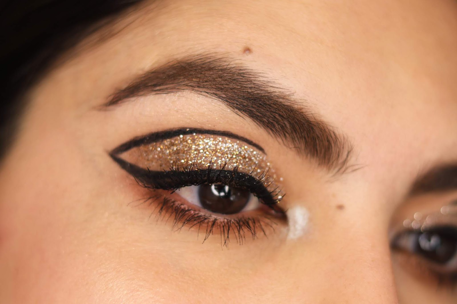 glitter makeup new years eve too faced cookie house