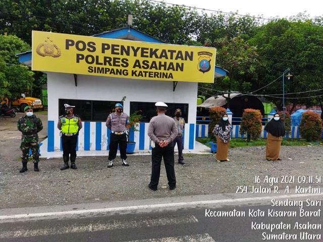 Pemberlakuan Pembatasan Kegiatan Masyarakat Dilakukan Personel Jajaran Kodim 0208/Asahan Bersama Dinas Terkait
