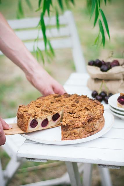 Bettelmann, gâteau alsacien aux cerises et restes de brioche