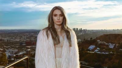 Olivia O'Brien Premieres 'Empty' Music Video