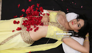 Sakshi Chodary in Yellow Transparent Sareei Choli Spicy Pics 06 .xyz.jpg