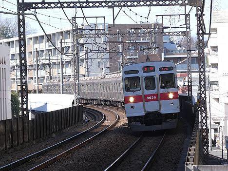 【ダイヤ改正後に廃車へ!】田園都市線8500系各停 渋谷行き