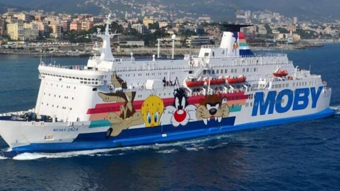 Altri due migranti positivi a bordo della nave-quarantena ad Agrigento
