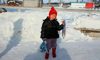 Σιβηρία: 4χρονο κοριτσάκι-ηρωίδα διέσχισε 8 χλμ μέσα στο παγωμένο δάσος για να ζητήσει βοήθεια για τη γιαγιά του