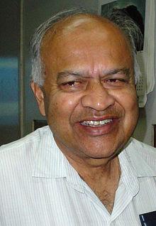 Jayant Vishnu Narlikar - Kolkata 2007-03-20 07324.jpg