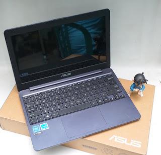 Laptop Bekas Asus E203NAH