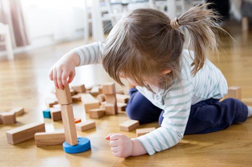 Tips Menumbuhkan Semangat Belajar Anak Usia di Bawah 3 Tahun