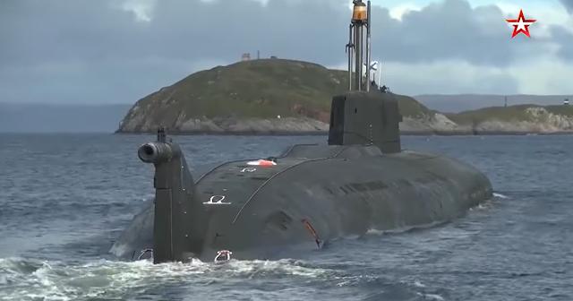 Disparo de Misil Submarino Ruso