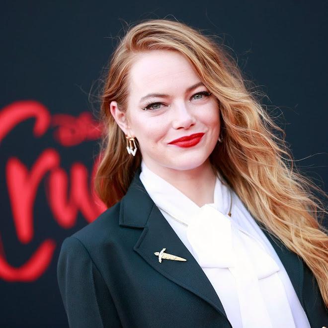 Emma Stone hits the red carpet at the premiere of Cruella :「101匹わんちゃん」の悪女をクールに復活したディズニー映画の話題作「クルエラ」のLAプレミアの悪くない女のエマ・ストーン ! !