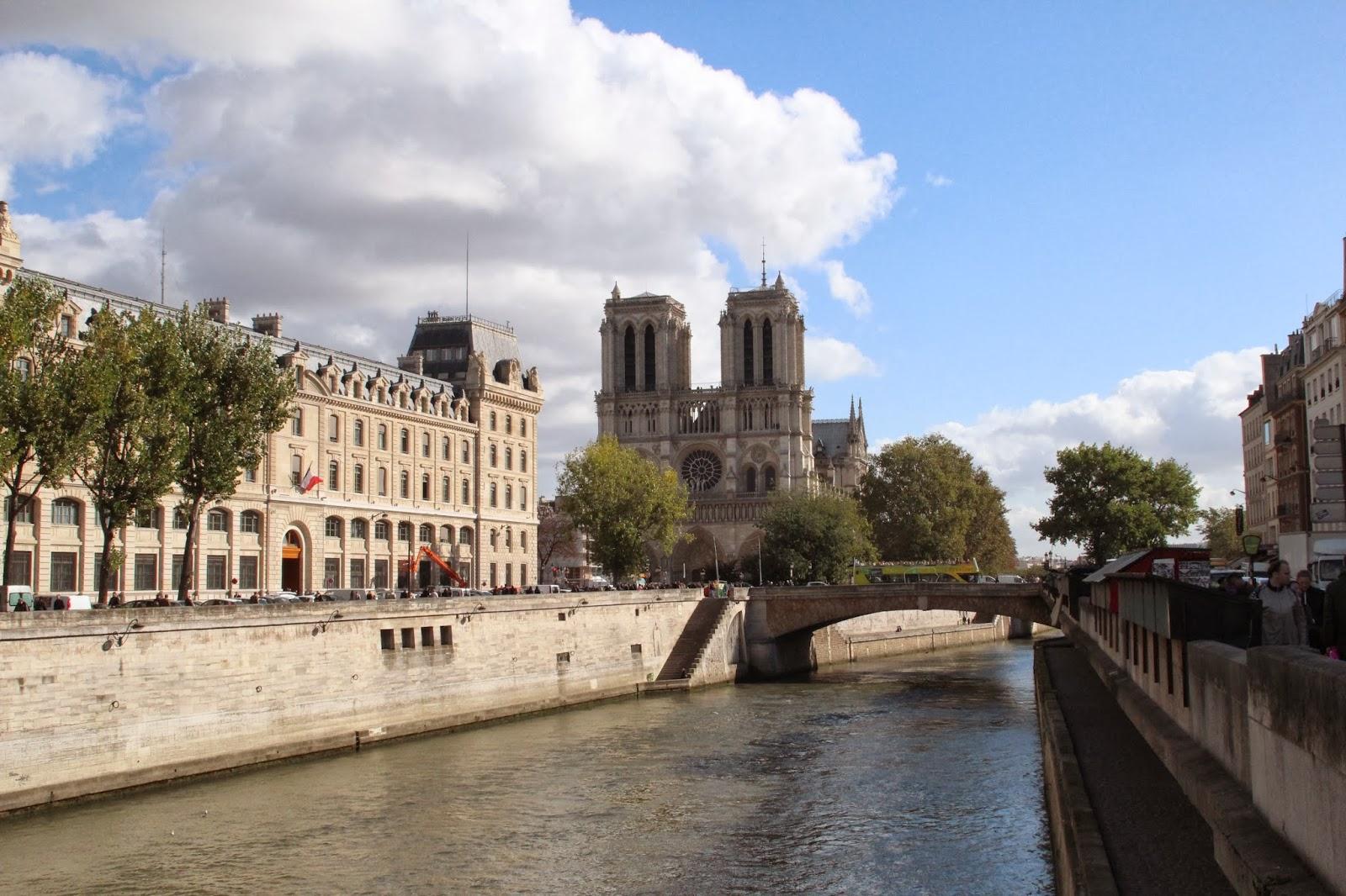 Notre Dame a las Orillas del Sena