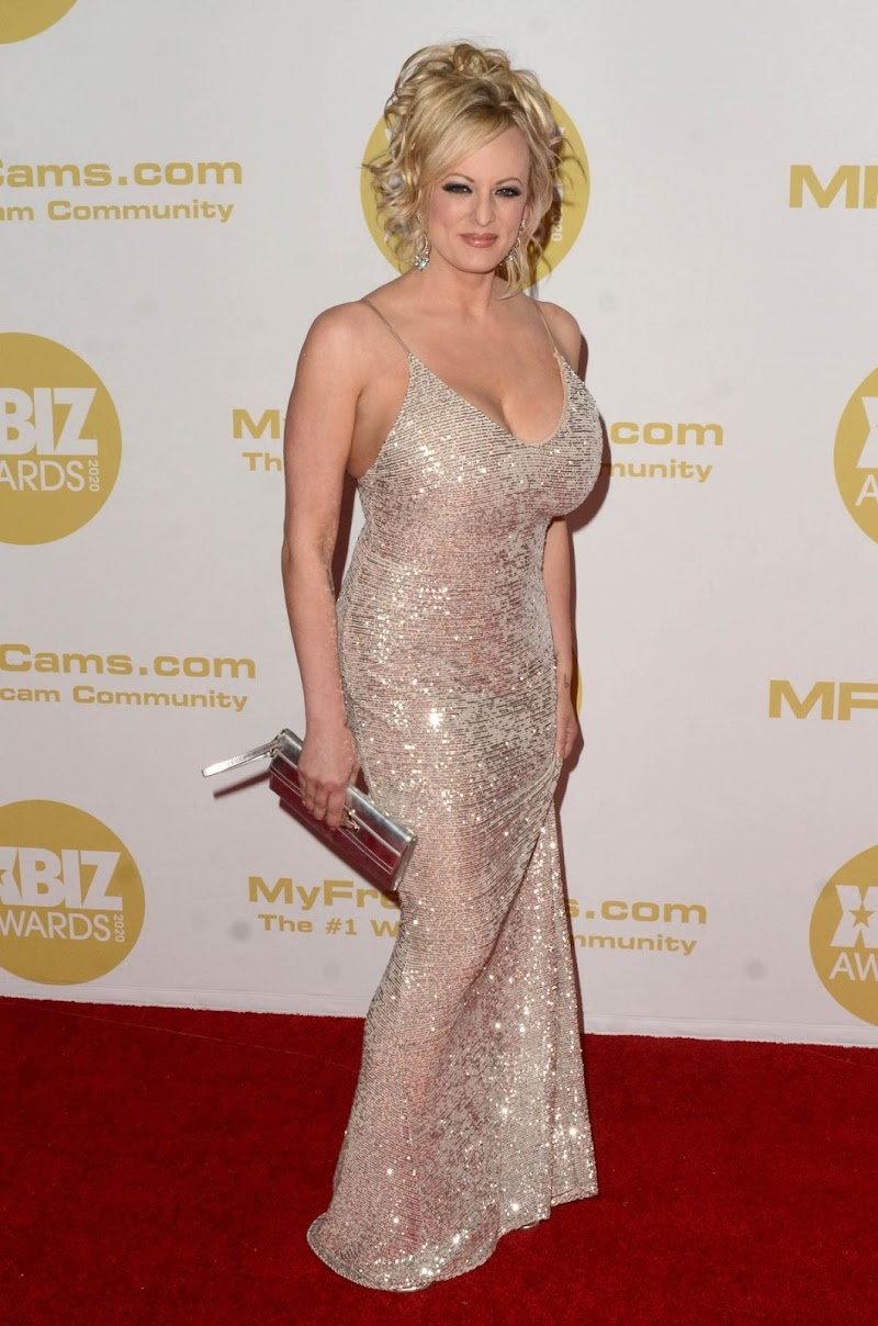 Stormy Daniels Clicks at 2020 Xbiz Awards in Los Angeles 16 Jan-2020
