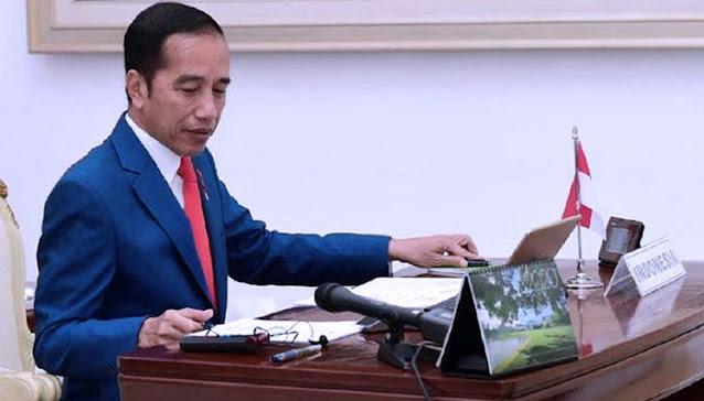 Presiden Jokowi secara resmi telah meneken Undang Undang Cipta Kerja pada Senin