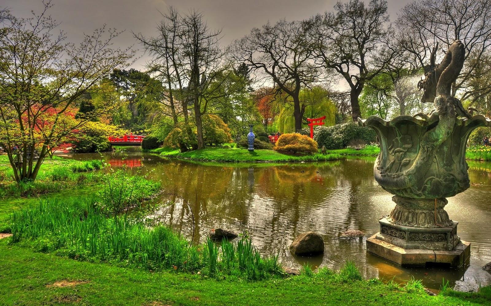 Tuin met vijver en beelden hd wallpapers for Een vijver