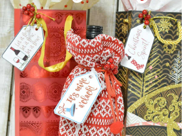 Fun Free Printable Christmas Wine Bottle Tags