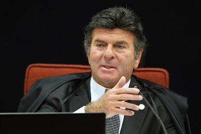 Luiz Fux proíbe ANTT de multar transportador que não seguir tabela de fretes