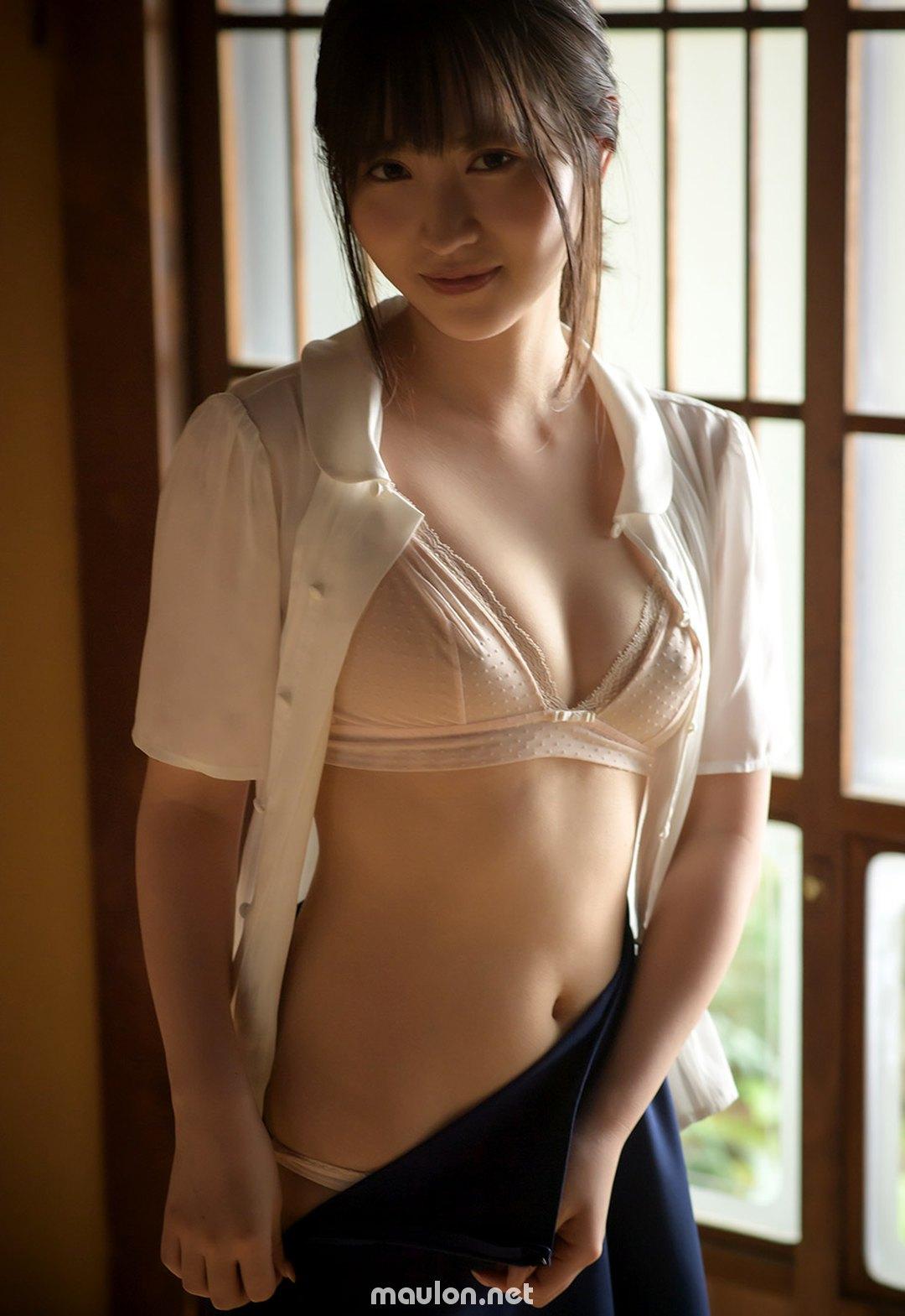 MauLon.Net - Ảnh sex idol jav Gái xinh Rikka Ono