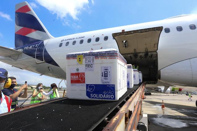 Pernambuco recebe mais 142.150 doses de vacinas contra a Covid-19