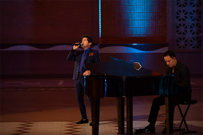 O cantor Daniel acompanhado do pianista e maestro Rodrigo Costa - Juan Ribeiro / Divulgação TV Aparecida