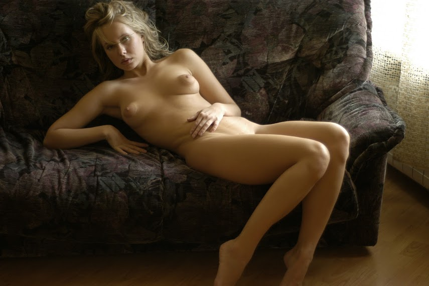 20040227_-_Iveta_A_-_Lazy_Day_-_by_Richard_Murrian.zip.MET-ART_rm_64_0009 Met-Art 20040227 - Koika - The Ideal Woman - by Slastyonoff