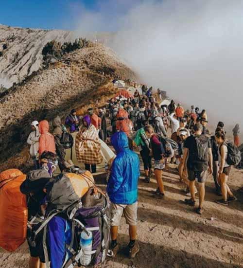 Muncak di Gunung Rinjani