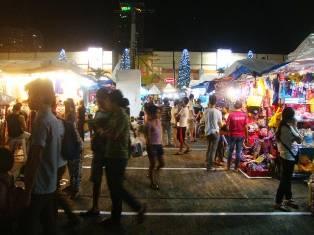 Greenhills Christmas On Display Show, Tiangge, Bangketa Sale