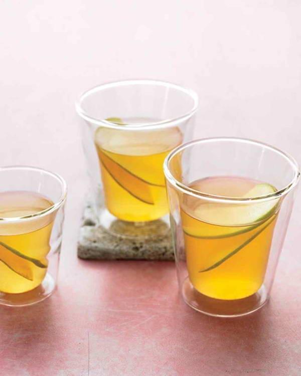 Cách làm nước trà xanh quế nghệ giảm cảm giác thèm ăn