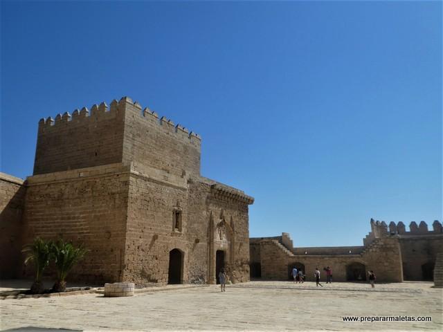 visitar el patio de armas Alcazaba Almería