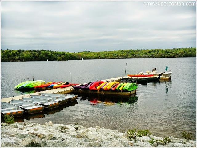 Lago de Spot Pond