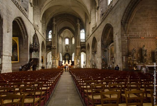 Vannes visitar catedral Bretaña viaje diario