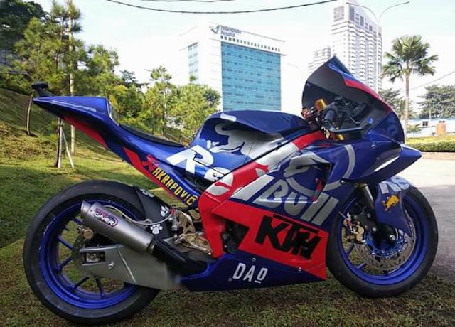 Modifikasi R15 Ala MotoGp