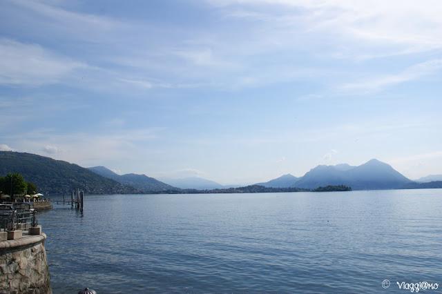 Il lungo lago di Baveno con splendidi panorami sul Lago Maggiore
