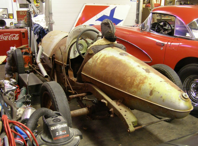 eBay: 1940's Belly Tank Dirt Track Race Car