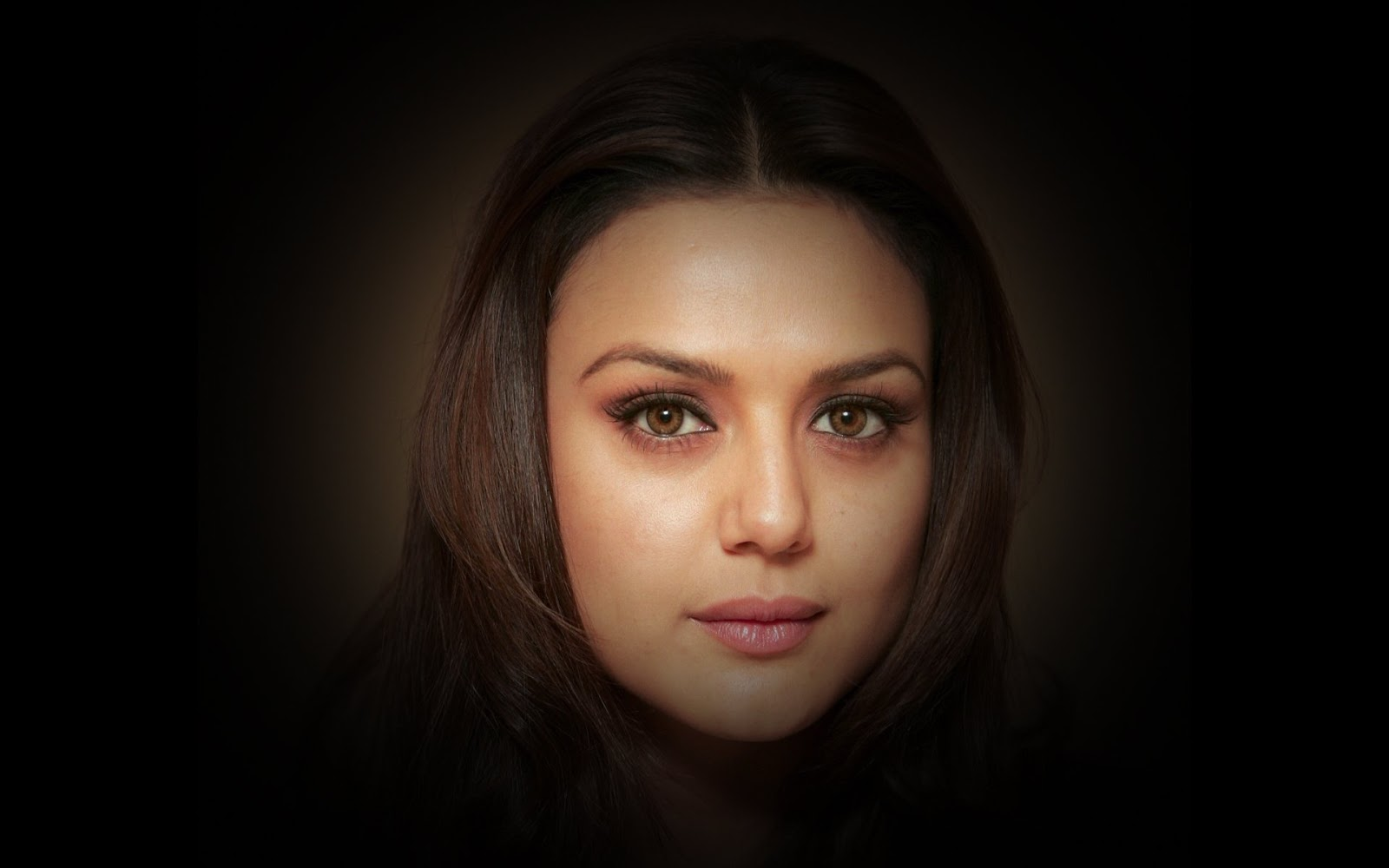 Preity Zinta Ki Sexy Photo Download
