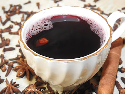 Reteta vin fiert traditional de casa pentru Craciun si Sarbatori cu scortisoara cuisoare si anason retete culinare bauturi alcoolice calde dulci si aromate aperitive,