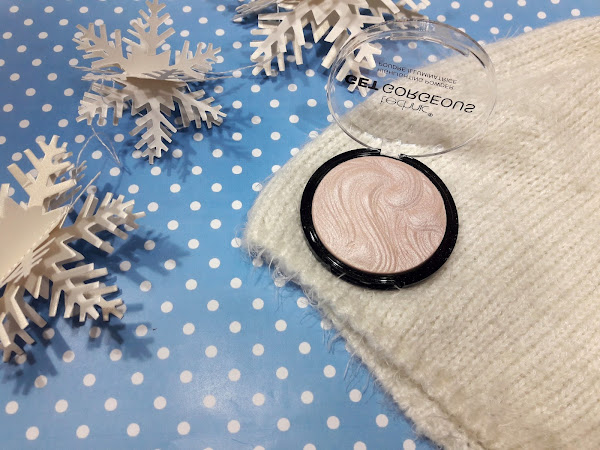 Technic Get Gorgeous Highlighting Powder - My new obsession