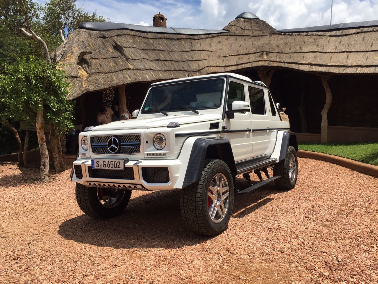 Mercedes Maybach G650 Price >> New Mercedes-Maybach G650 Landaulet Appears Before We Were Supposed To See It | Carscoops