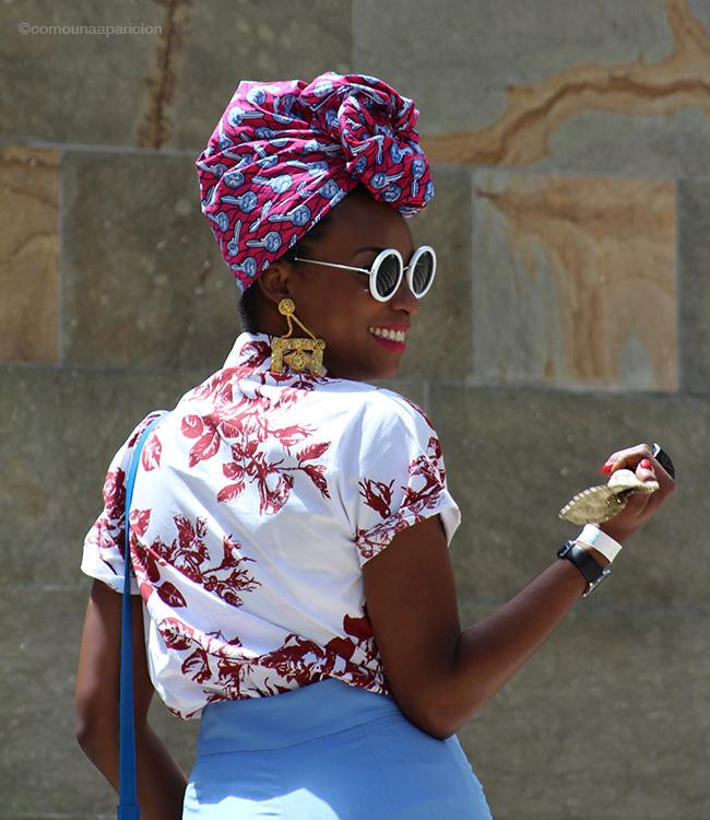 como-una-aparición-street-style-fashion-moda-street-looks-accessories-smile-color-summer-turban-moda-en-la-calle-fashion-week-colombiamoda-2016-miss-balanta-fashion-bloggers